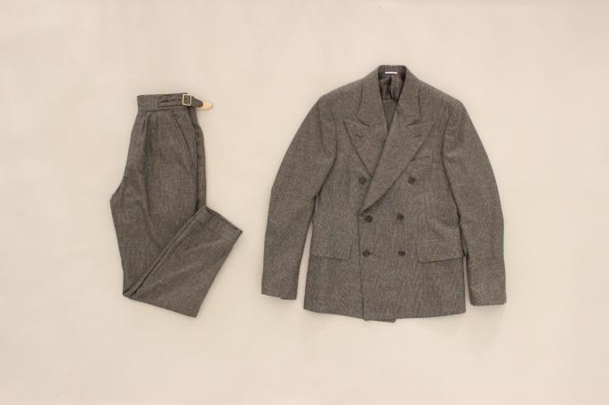 HEIGHT / 168cm<br />