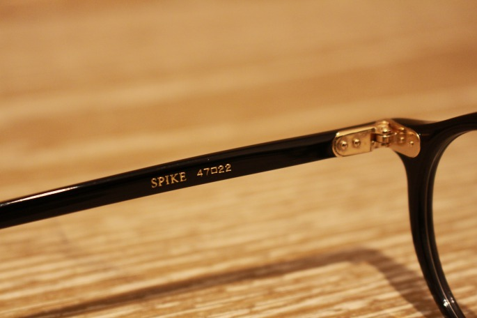 ayame<br /> Spike<br /> COLOR / Black,D.turtle,BRN.h<br /> SIZE / Free<br /> Made In Japan<br /> PRICE / 30,000+tax