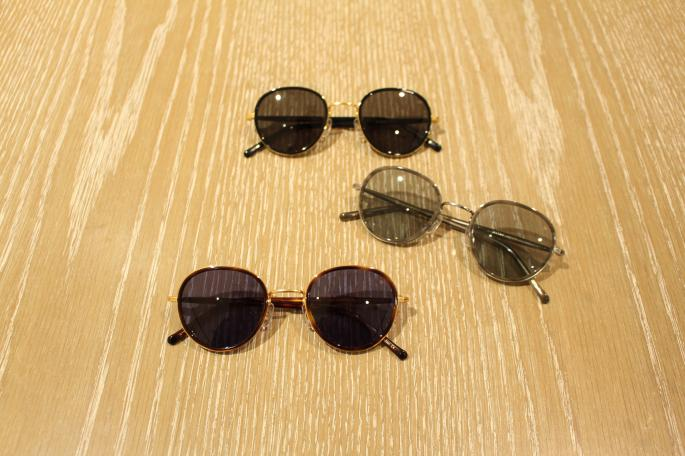 ayame<br /> FOCUSⅡ<br /> COLOR / Black,Dark Turtle,Khaki<br /> SIZE / Free<br /> Made In Japan<br /> PRICE / 30,000+tax