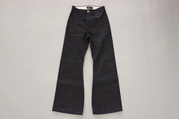 HIGHT / 155cm<br /> WEAR SIZE / 34<br /> <br /> SOSO PHLANNEL <br /> <br /> Patch Pocket Rgid Denim Pants <br /> COLOR / Indigo<br /> SIZE / 34,36,38<br /> PRICE / 24,000+tax<br /> <br /> Denim Jacket<br /> COLOR / Indigo<br /> SIZE / 34,36,38<br /> PRICE / 24,000+tax<br /> <br /> Made In Japan