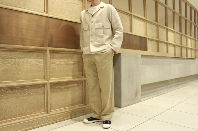 HIGHT / 175cm<br /> WEAR SIZE / M<br /> <br /> Phlannel<br /> Li / Co Herringbone Utility Jacket<br /> COLOR / Ecru,Walnut<br /> SIZE / S,M,L<br /> Made In Japan<br /> PRICE / 43,000+tax<br /> <br /> OUTIL<br /> Pantalon Mets<br /> COLOR / Beige<br /> SIZE / 2,3<br /> Made In France<br /> PRICE / 20,000+tax <br /> <br /> VINTAGE <br /> Italy Navy Canvas Sneakers <br /> COLOR / Navy<br /> SIZE / 42,44<br /> Made In Italy<br /> PRICE / 7,000+tax