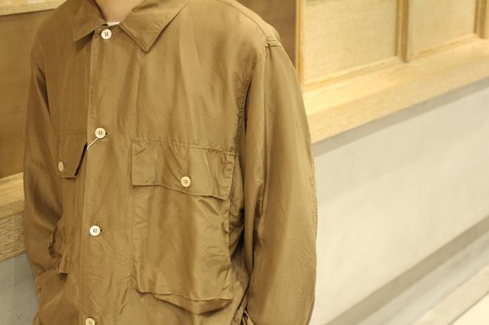 HIGHT / 164cm<br /> WEAR SIZE / 2<br /> <br /> COMOLI<br /> Silk Utility Jacket<br /> COLOR / Khaki, Navy<br /> SIZE / 2<br /> PRICE / 36,000+tax<br /> <br /> Denim 6pocket Pants <br /> COLOR / Navy<br /> SIZE / 1,2<br /> PRICE / 34,000+tax<br /> <br /> Made In Japan<br /> <br /> BIRKEN STOCK<br /> Boston Narrow Suede Leather<br /> COLOR / Taupe<br /> SIZE / 40,41,42<br /> Made In Germany<br /> PRICE / 18,000+tax