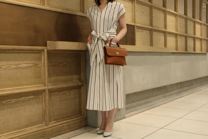 HIGHT / 164cm<br /> WEAR SIZE / 0<br /> <br /> Phlannel <br /> Pillow Stripe French Sleeve Long Dress <br /> COLOR /White,Khaki<br /> SIZE / 0,1<br /> PRICE / 44,000+tax<br /> <br /> KATIM<br /> DURHAM<br /> COLOR / Limestone,Herb<br /> SIZE / 35.5,36,36.5,37,37.5,38<br /> PRICE / 49,000+tax<br /> <br /> Made In Japan<br /> <br /> Mimi<br /> HEBE<br /> COLOR / Tan,Black,Tomato<br /> Made In England<br /> PRICE / 46,000+tax