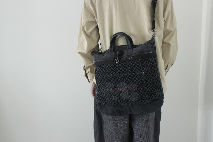 HIGHT / 177cm<br /> WEAR SIZE / L<br /> <br /> Porter Classic<br /> Canvas Net Helmet Bag <br /> COLOR /White,Black<br /> SIZE / M<br /> PRICE / 34,000+tax<br /> <br /> Roll Up Shirt<br /> COLOR / White,Khaki,Navy,Black<br /> SIZE / S,M<br /> PRICE / 39,000+tax<br /> <br /> Dot Wide Pants<br /> COLOR /Blue, Black<br /> SIZE / S,M<br /> PRICE / 30,000+tax<br /> <br /> Made In Japan<br /> <br /> DIMISSIANOS&MILLER<br /> Daktylo<br /> COLOR / Natural,Black<br /> SIZE / 41,42,43<br /> Made In Greece<br /> PRICE / 36,000+tax