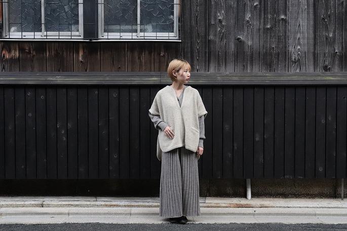 Phlannèl / Felt Wool Knit Poncho, Worsted Wool Knit Rib Dress / 21.9.25- Release / Shinohara